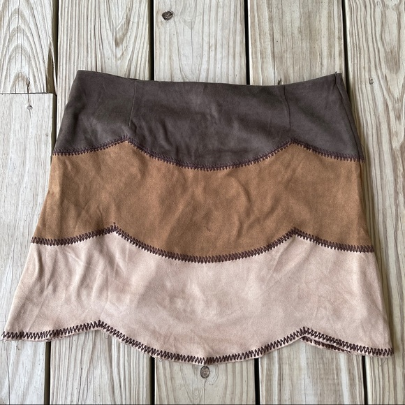 Minkpink faux suede tiered miniskirt scalloped S